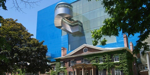 Tour Toronto's Art Gallery of Ontario