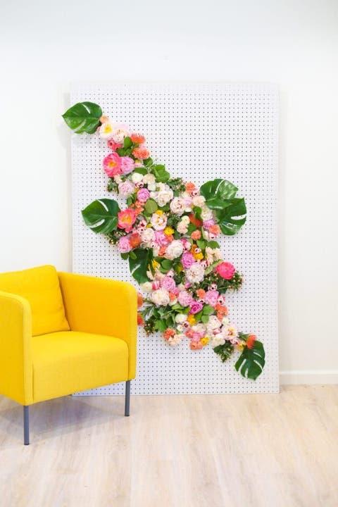 best baby shower ideas floral backdrop
