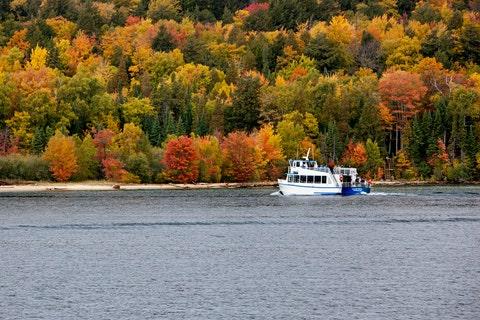 Water transportation, Water, Tree, Boat, River, Autumn, Vehicle, Waterway, Leaf, Loch,