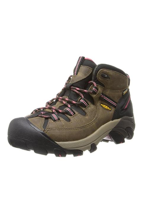 camping checklist - hiking boot