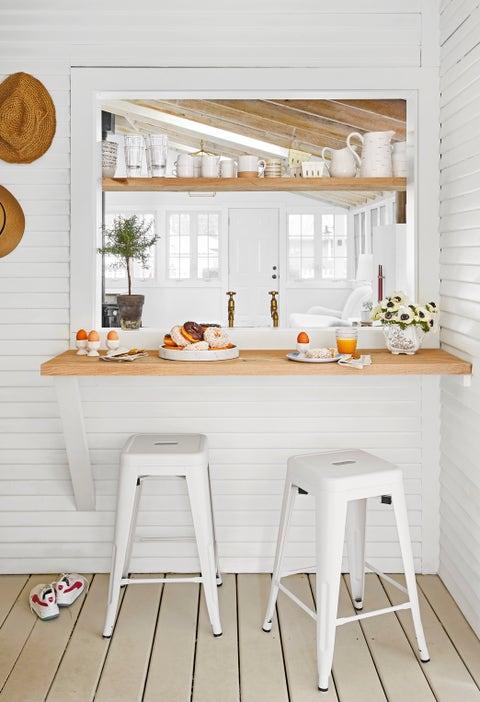 """kitchen reinvention designer kate marker's """"leo cottage"""" in union pier, michigan"""