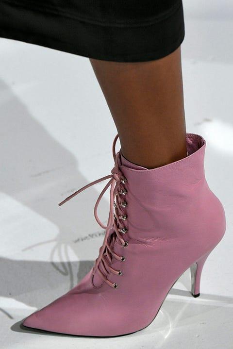 Footwear, High heels, Shoe, Fashion, Purple, Leg, Ankle, Pink, Brown, Human leg,