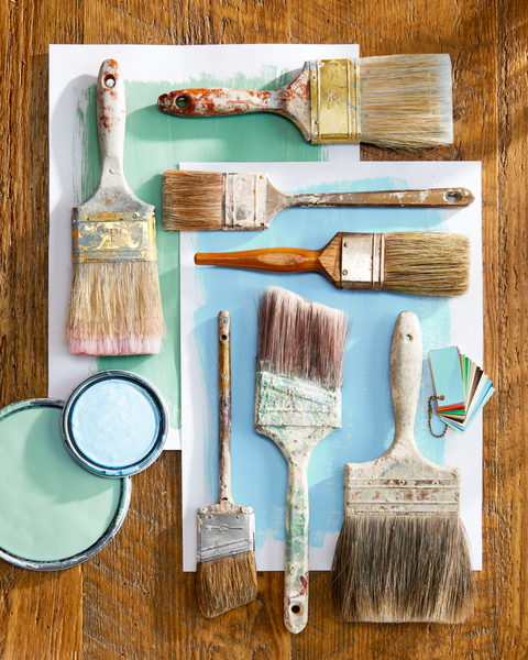 The Difference Between Satin and Semigloss Paint Finishes