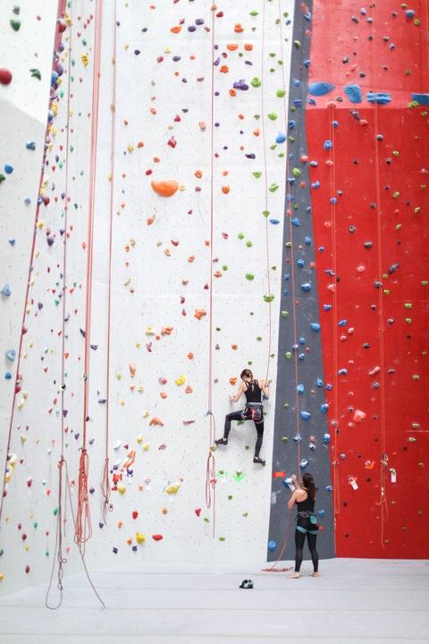 date night ideas near me rock climbing