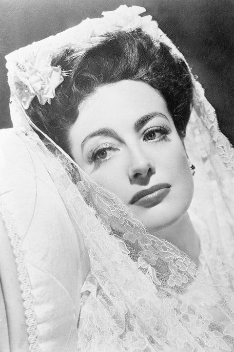 Face, Photograph, White, Eyebrow, Bridal veil, Lip, Headpiece, Beauty, Bridal accessory, Skin,