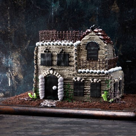 fall wedding cake haunted house