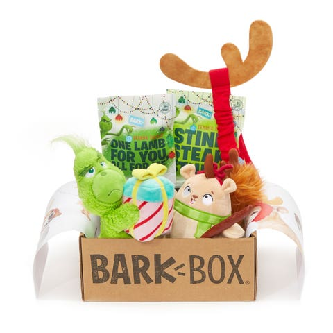 Hamper, Present, Mishloach manot, Basket, Gift basket, Holiday ornament, Toy, Fawn, Deer, Home accessories,
