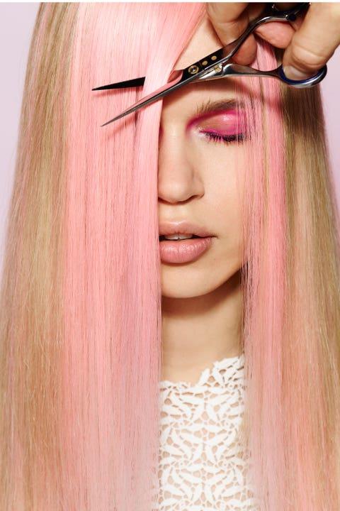 Lip, Brown, Hairstyle, Skin, Eyebrow, Eyelash, Organ, Eye shadow, Beauty, Long hair,