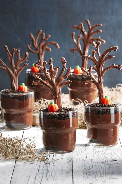 halloween party ideas pudding cups