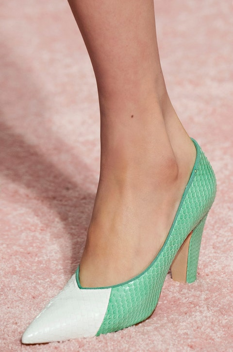 Footwear, High heels, Green, Shoe, Leg, Court shoe, Ankle, Human leg, Foot, Fashion,