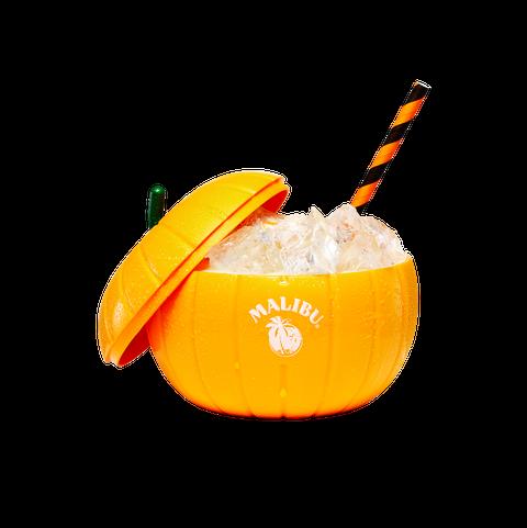 Orange drink, Drink, Food, Juice, Cocktail garnish, Sour, Non-alcoholic beverage, Fuzzy navel, Rum swizzle, Mai tai,