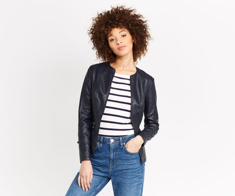 Clothing, Blue, Hairstyle, Denim, Sleeve, Trousers, Jeans, Jacket, Jheri curl, Shoulder,