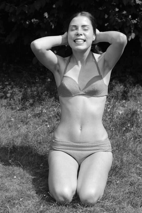people, young girl in a bikini, portrait, aged 18 to 22 years, Gaby, Gabi - 27.06.1970