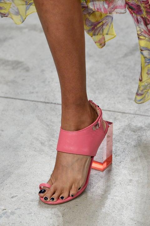 Footwear, Leg, Sandal, Pink, Human leg, Foot, Shoe, Toe, Fashion, Ankle,