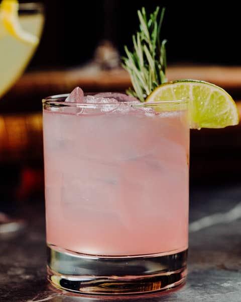 Drink, Alcoholic beverage, Classic cocktail, Non-alcoholic beverage, Cocktail garnish, Cocktail, Paloma, Distilled beverage, Sour, Greyhound,