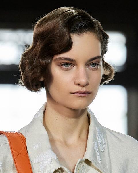 tagli capelli primavera 2021 ricci caschetto