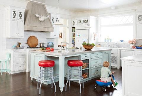 kitchen lake house decorating ideas - cottage decor inspiration