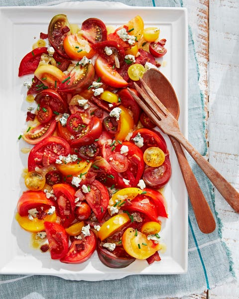 tomato salad with bacon vinaigrette and chopped chives