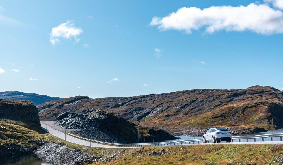 Norway Fines Tesla over Battery Loss on Older Model S, Model X EVs