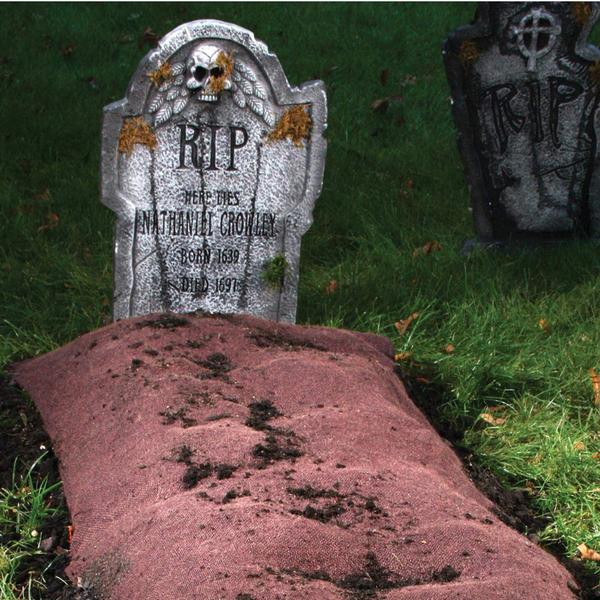 Fresh Grave Mound - Decorations