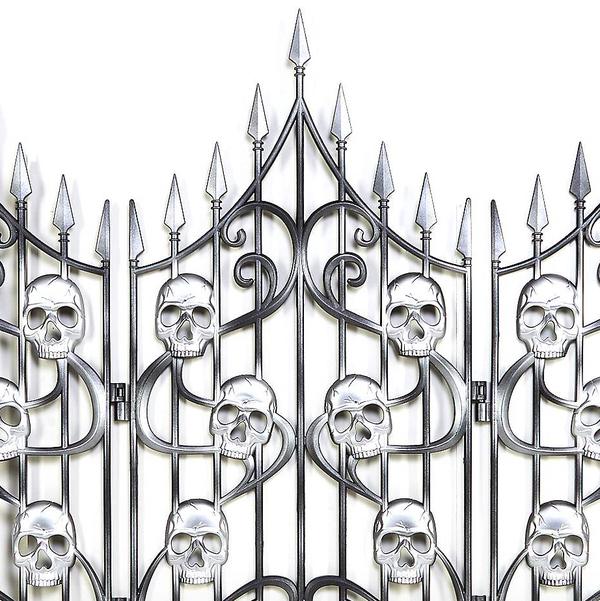 3 Ft Skull Swirl Fence