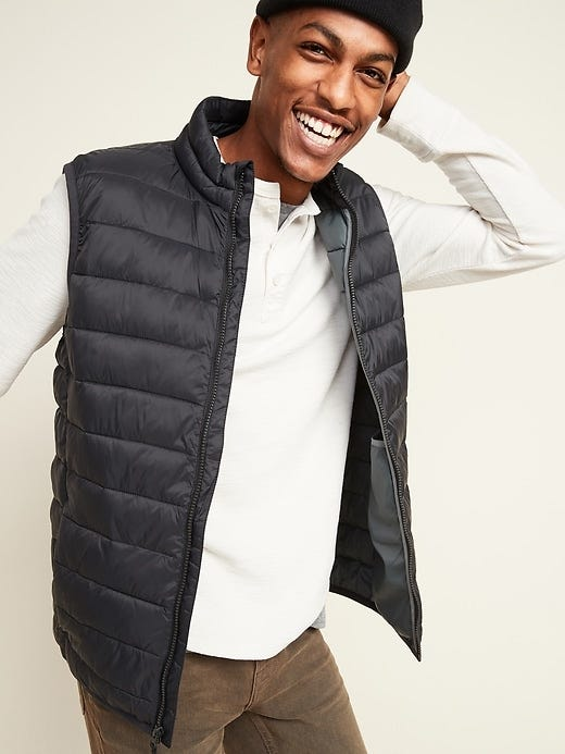 Water-Resistant Narrow-Channel Puffer Vest for Men