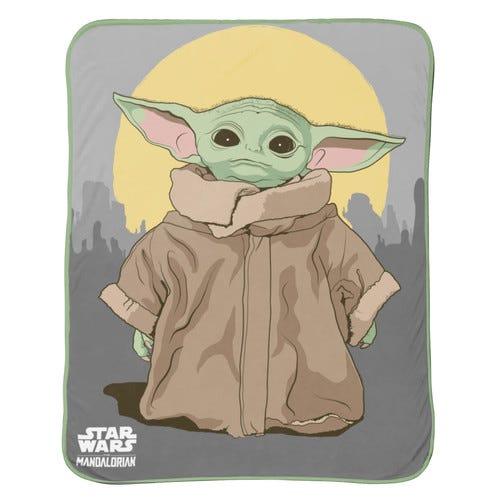 Star Wars: The Mandalorian Baby Yoda 'The Child' Silk Touch Throw