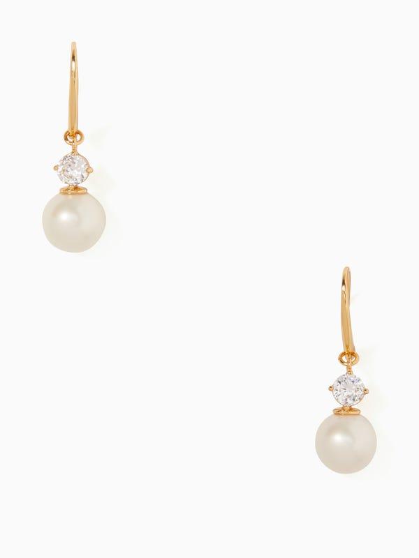 pearls of wisdom drop earring