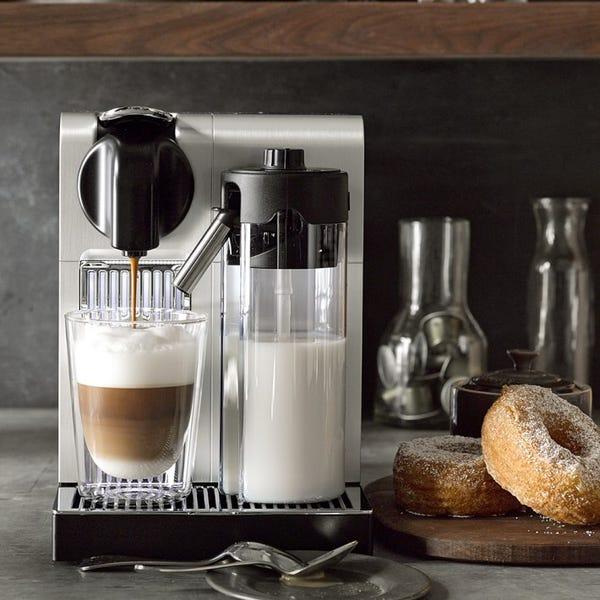 Nespresso De\'Longhi Lattissima Pro Espresso Machine