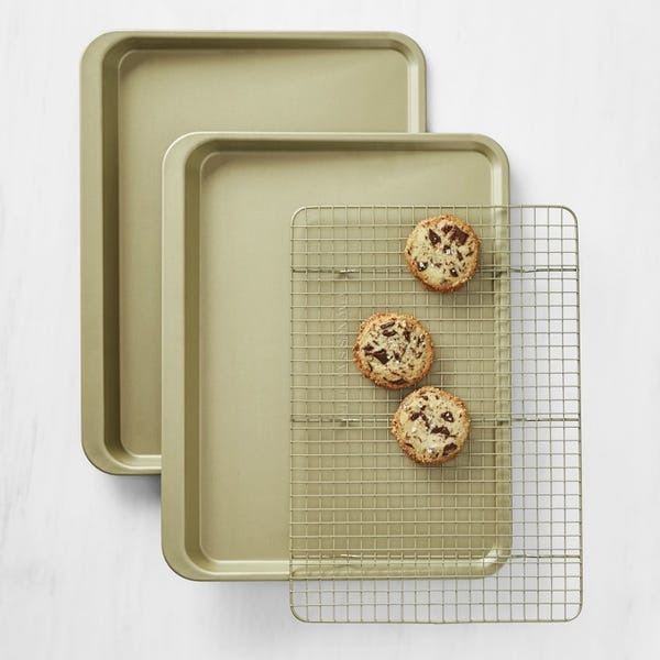 Williams Sonoma Goldtouch® Non-Corrugated 3-Piece Cookie Bakeware Set