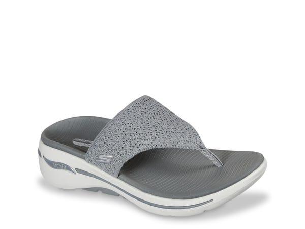 GOwalk Arch Fit Weekender Slide Sandal