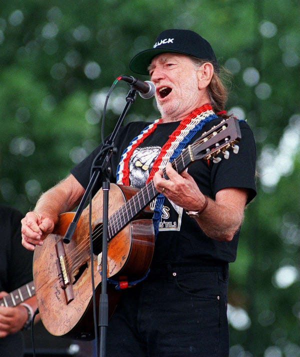Outlaw Music Festival with Willie Nelson & Family, Chris Stapleton Tickets
