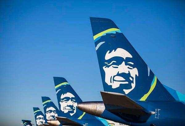 Seattle (SEA) to Denver (DEN) Flights